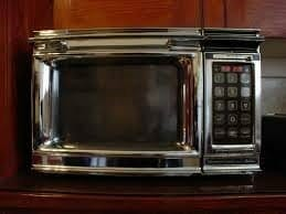 old-microwave-oven-featured-image